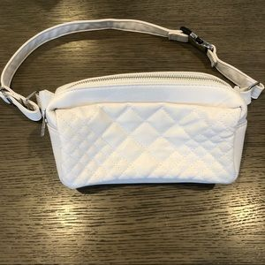 Mandee white belt bag faux leather style